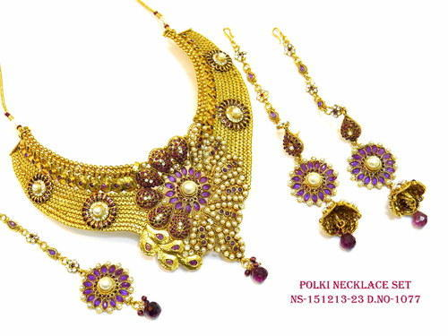 Designer Flower Necklace Set