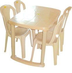 Plastic Dining Table  sc 1 st  Maitri Plastic Industries & Plastic Dining Table - Manufacturer from Murbad