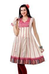 pretty wear traditional tunic