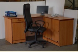 L Type Executive Table with Cabinets