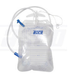 urine collecting bag with hanger