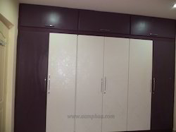 Modern bedroom wardrobe bedroom cupboard interiors for Door design sunmica