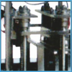 Automatic Four / Six Head Screw Cap Applicator Machine