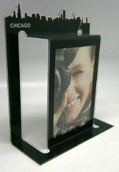 PAINTING AND PHOTO FRAMES