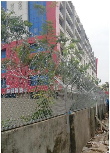 Metallic Wire Chain Link Fencing