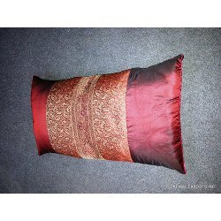 Bloster Cushion Cover