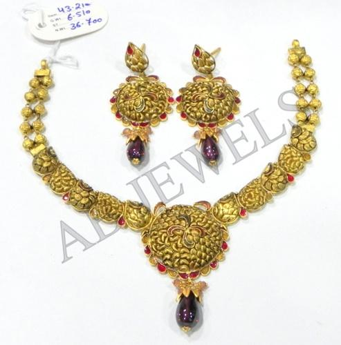 Antique gold necklace manufacturer from new delhi aloadofball Image collections