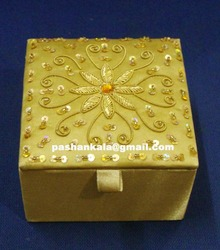 Zari Embrodiery Jewelry Box