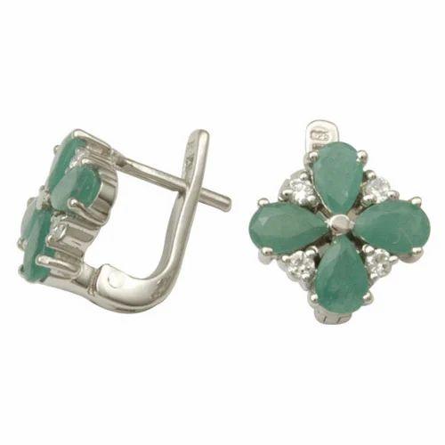 Flower Shaped Green Emerald Silver Earring