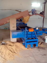 RICE HUSK BAILING MACHINE