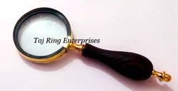 Handle Magnifying Glass