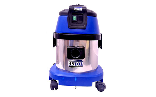 SV-15 Wet & Dry Vacuum Cleaner