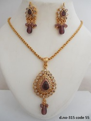 Traditional Polki Pendant set