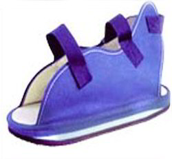 deluxe cast sandal