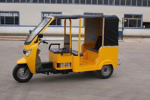 X Wheel Drive Cars In India