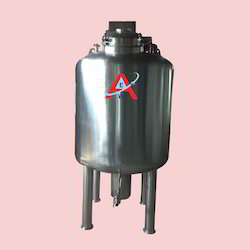 Jacketed Tank With Agitator