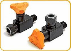 anti shock gauge isolator valve