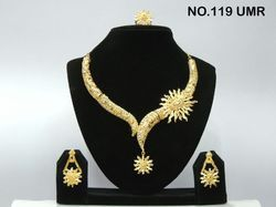 bollywood gold necklace set and earrings
