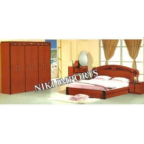 Stylish Bed Room Set