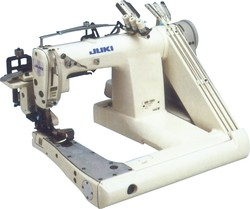Feed-Off-The-Arm, 3-Needle Double Chain Stitch Machine