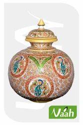 Vaah Decorative Peacocks Marble Pot