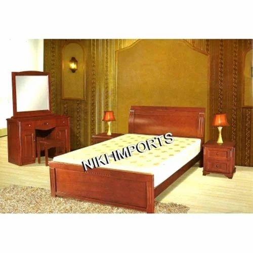 Designer Wooden Cot