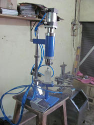 Pneumatic Paste Filling Machine