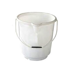 chemical heavy duty buckets with spout