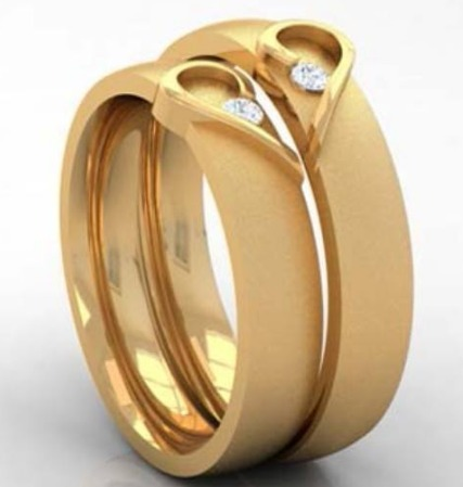 Couple Engagement Rings & Gold Neckless Set Manufacturer from Kolkata