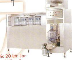 Automatic Rinsing & Filling Machine