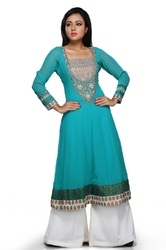 Pretty Designer Wear Ladies Kurti Long Kurta