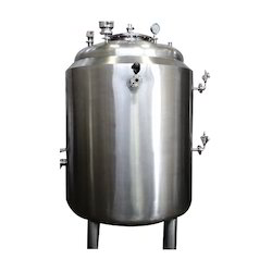Distillation Receiver Tank