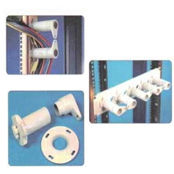 Twist Lock Cable Manager