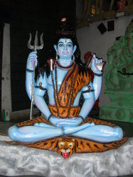 Shiv Shankar Statue Waterfall