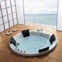 Round Four Seater Whirlpool Bathtub