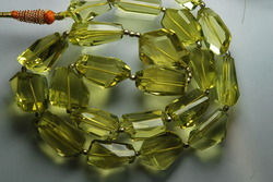 aaa lemon quartz faceted nuggets strand 8 inches