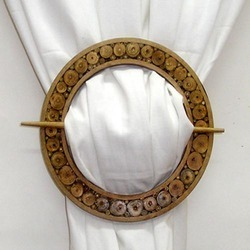 Wooden Circle Tie Back