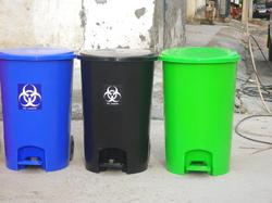pedal dust bins with wheels