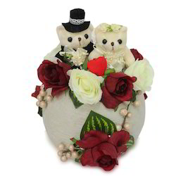 valentine-couple-arrangement