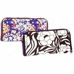 Ladies Printed Fabric Made Wristlet Wallets