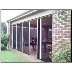 Barrier Free Retractable Screen