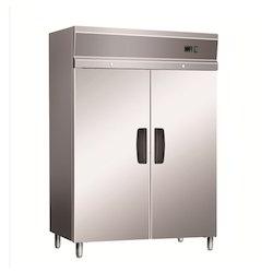 Upright Solid Door Freezers