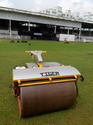 Stand On Type Sports Ground Criket Pitch Roller