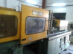 Nigatta 100 Ton Injection Machine