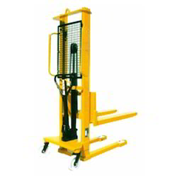 Mechanically Operated Lifting Equipments
