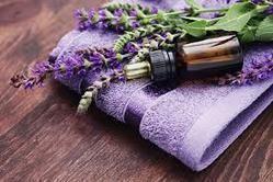 Lavender Essential  Oil For Flavor and Fragrances