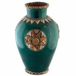 Vaah Ceramic Vase