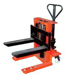 Pallet Hydraulic Track