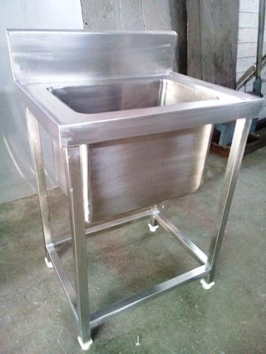 Kitchen Equipment   Kitchen Working Table Manufacturer From Ahmedabad