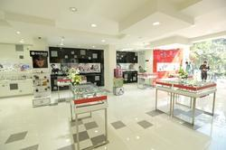 Retail Shops Interior Service